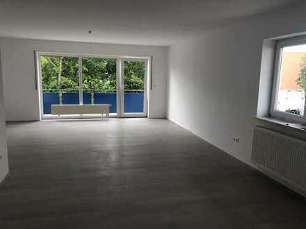 Erstbezug nach Sanierung: freundliche 4-Zimmer-Wohnung mit Einbauküche und Balkon in Nersingen