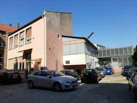 Grundstück mit Bebauungsmöglichkeit für ein Mehrfamilienhaus, Tiefgarage vorhanden