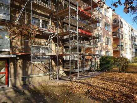 Ruhig gelegende 3,5-Zimmer-EG-Wohnung mit Balkon sucht Handwerker