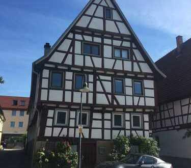 Fachwerkhaus in dem schönsten Straße von Leonberg-Eltingen
