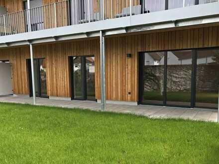 3,5-Zimmer-EG-Wohnung mit Garten und Leicht EBK in Neubau