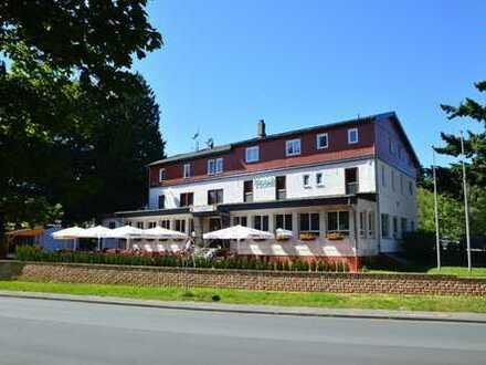 Hotel, Cafe & Restaurant Sandplacken im Taunus provisionsfrei zu verkaufen