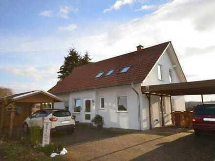 Vermietetes Mehrfamilienhaus mit 3 Wohneinheiten, ideal als Kapitalanlage oder auch zur Eigennutzung