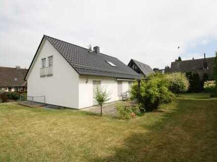 Attraktives Baugrundstück für zwei Doppelhaushälften in zentraler Lage!