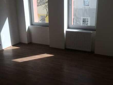 Frisch sanierte 3-Zimmer-Wohnung mit Tageslichtbad