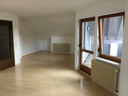 Schöne, helle 2,0 Zimmer Wohnung in 78073 Bad-Dürrheim, Schwarzwald-Baar-Kreis, zu vermieten