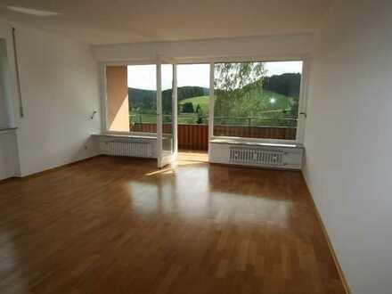 Wohnung mit Balkon und herrlichen Blick auf den Schwarzwald