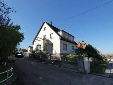 Lage! Freistehendes Einfamilienhaus mit Nebengebäude in Bretten-Diedelsheim