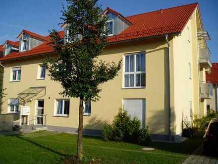 Wunderschöne, helle und ruhige 3-Zi-Wohnung mit Design-EBK