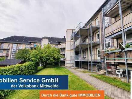 2-Raum-Wohnung mit Einbauküche, PKW-Stellplatz und Fahrstuhl! Für Kapitalanleger oder Eigennutzer!