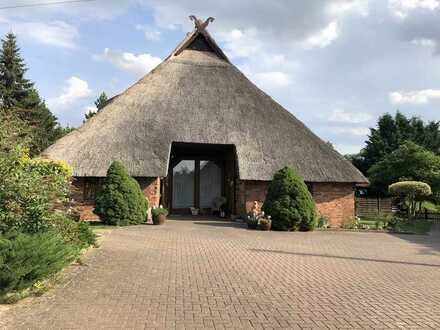 Landanwesen Reetdach-Bauernhaus um 1790 saniert ca. 8.550 qm Grundstück