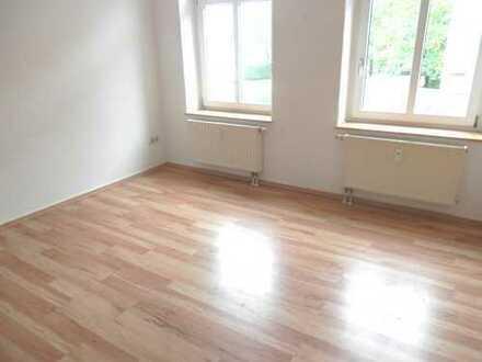 Kleine 3 Zimmer Wohnung mit Balkon in Zwickau Marienthal !