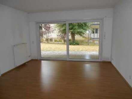 Schöne barrierearme Erdgeschosswohnung mit Terrasse zu vermieten!