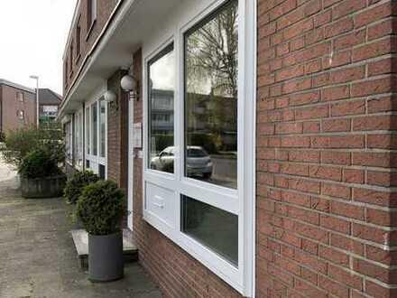 Erdgeschoss! Praxis/Büroräume mit 3 Stellplätzen! Vermietet!