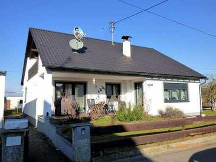 *** Saniertes Einfamilienhaus in Günzburg OT *** Ruhige Lage ***