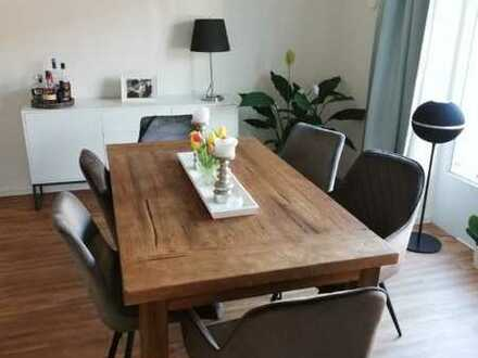 Attraktive 2-Raum-Wohnung mit EBK und Balkon in Ahrensburg