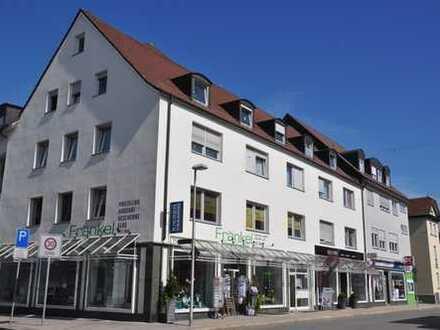 Büro-/Praxisfläche mit Schaufensterfront in Friedrichshafen-Nordstadt zu vermieten