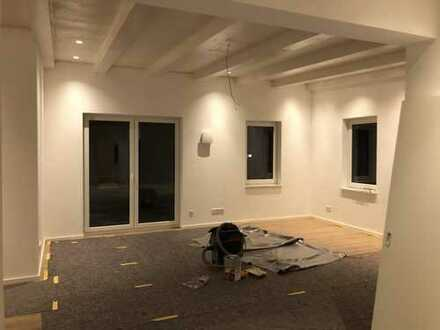 Erstbezug: attraktive 3,5-Zimmer-Penthouse-Wohnung mit Balkon in Westhausen