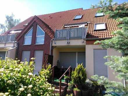 Schöne, ruhig gelegene Dachgeschosswohnung in kleiner gepflegter Wohnanlage