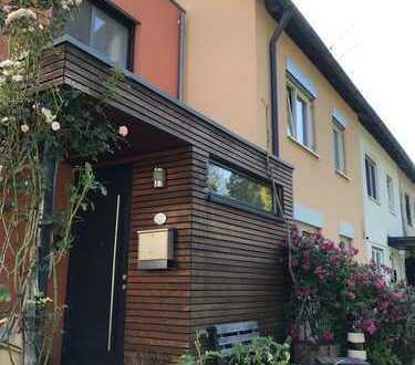 Wohlfühlen und viel Platz! Modernisiertes 5-Zimmer-Reihenmittelhaus, Lindau (Bodensee)