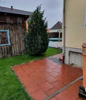 Zwischen Vierkirchen & Petershausen, In EBERSBACH altes Einfamilienhaus auf sonnigem Grundstück