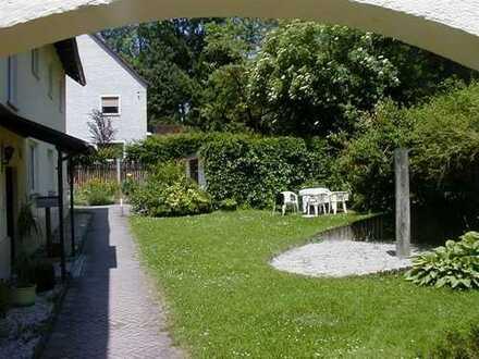 Thalkirchen Nähe Tierpark***2 Zimmer-Wohnung im 1. OG***EBK***Bad mit Wanne***