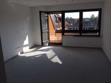 Stilvolle drei Zimmer-Maisonette-Wohnung in Augsburg, Haunstetten