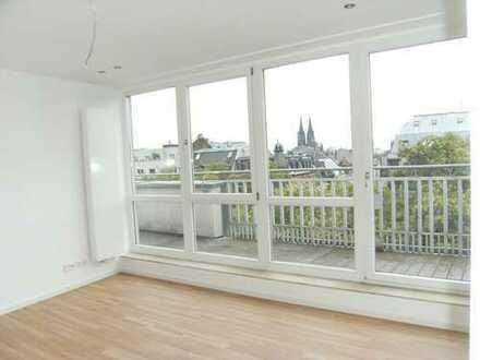 3-Zimmer Penthouse-Wohnung mit Domblick Nähe belgisches Viertel