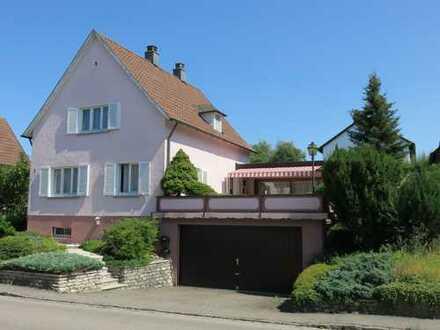 Wohnen am Sonnenbüchel! Charmantes Einfamilienhaus mit Erweiterungspotential in beliebter Wohnlage