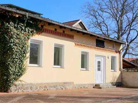 RESERVIERT! Modernisierte 2-Zimmer-Wohnung mit Terrasse in Toplage (Innenstadt/Seenähe) in Lindow