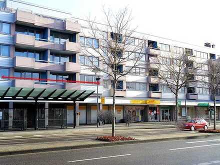 Ideale Innenstadt-Lage Gewerberäume: Büros*Laborräume o. ä.*Bad*WC*ca. 158 m²*1. OG*zu verm.