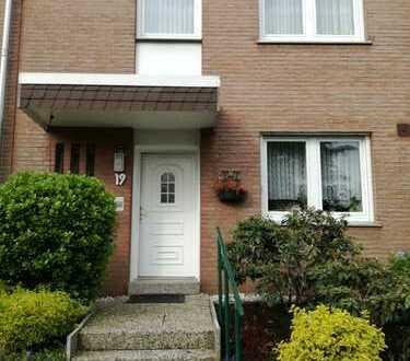 Gepflegtes, geräumiges Haus mit vier Zimmern in Dortmund - Brackel