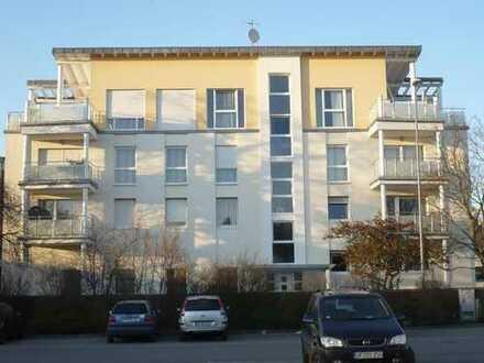 Zentral gelegene luxuriöse 3Zi. Wohnung in Lagen