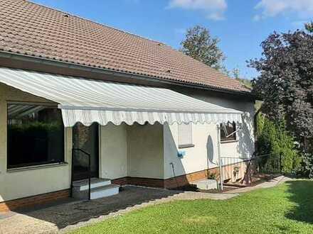 Modernisiertes 4-Zimmer-Einfamilienhaus mit EBK in Kirchheim unter Teck, Esslingen (Kreis)