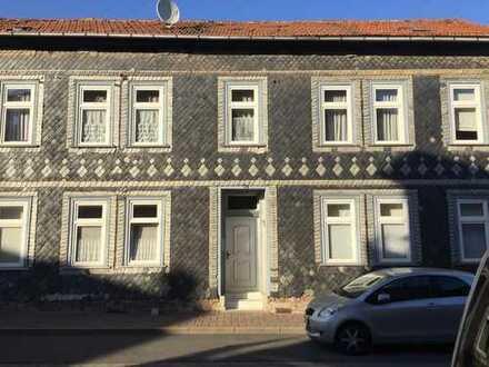 Zweifamilienhaus in Greußen/ 2 Wohnungen