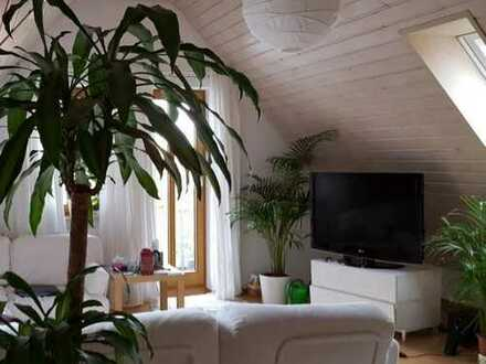 Gepflegte 3 Zimmer Dachgeschosswohnung in Tübingen Kilchberg