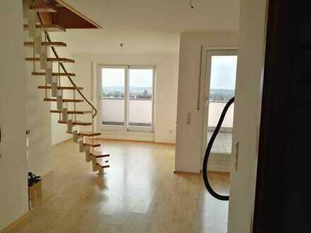 3-Zimmer Küche Bad-Penthouse-Wohnung mit Dach-Terrasse in Neusäß