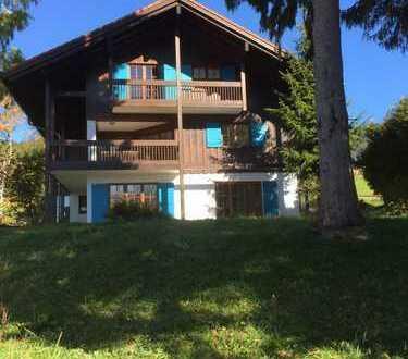 Provisionsfrei!! Schöne, geräumige Landhausvilla mit acht Zimmern in Missen-Wilhams Oberallgäu