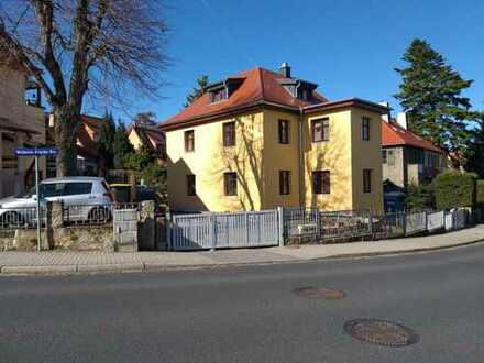 Schönes, geräumiges Haus mit sechs Zimmern in Dresden, Leubnitz-Neuostra