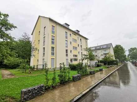 3-Zimmer-Terrassenwohnung in ruhiger Lage mit Garten in Untermenzing, München