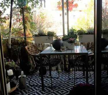 Schön geschnittene 3-ZKB Wohnung, zentral gelegen, Gäste WC und Balkon ins Grüne