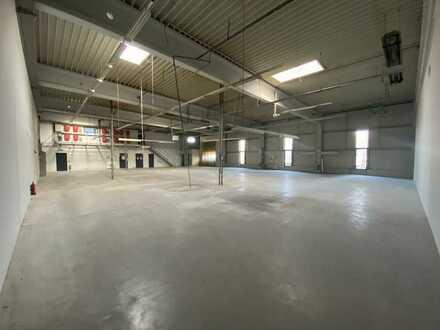 Gewerbehalle mit Bürofläche
