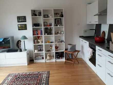 Neuwertige 2-Raum-Wohnung mit Balkon und Einbauküche in Landsberg am Lech