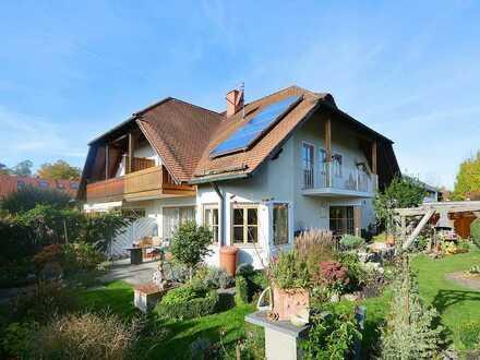Doppelhaushälfte mit herrlich eingewachsenem Garten zum Selbstbezug