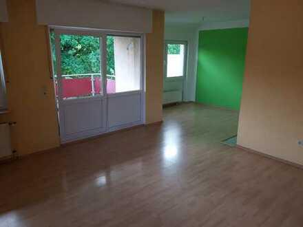 Gepflegtes 18-Zimmer-Mehrfamilienhaus in Steinheim, Steinheim