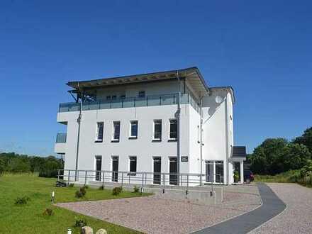 Exklusive, barrierefreie 3 Zimmer-Neubau-Erstbezug-Wohnung in St. Michaelisdonn, Kreis Dithmarschen