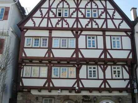 Schöne 3-Zimmer-Wohnung zu vermieten. Altstadt nahe Marktplatz