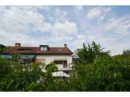 Schöne-3-Zi.-Whg. in beliebter Lage v. Coburg-Stadt im Raum Falkenegg! 2 Balkone + Garage möglich!