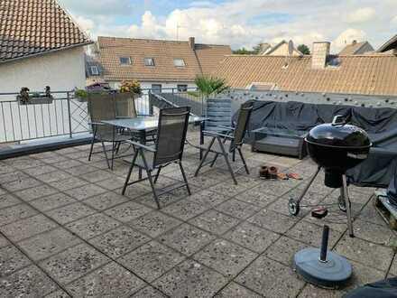 große Dachterrasse, natürlich mit Wohnung, in Stadtkyll
