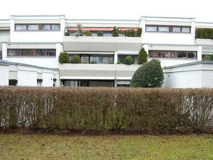 Exklusive, gepflegte 4-Zimmer-Wohnung mit Garten und EBK in Ingolstadt